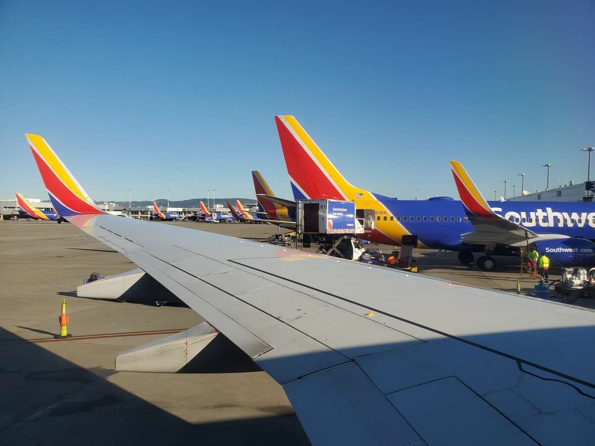 Or if it is your responsibility to pick a friend up at the airport, when should you arrive? Southwest Airlines grounds planes, cancels 500 flights ...