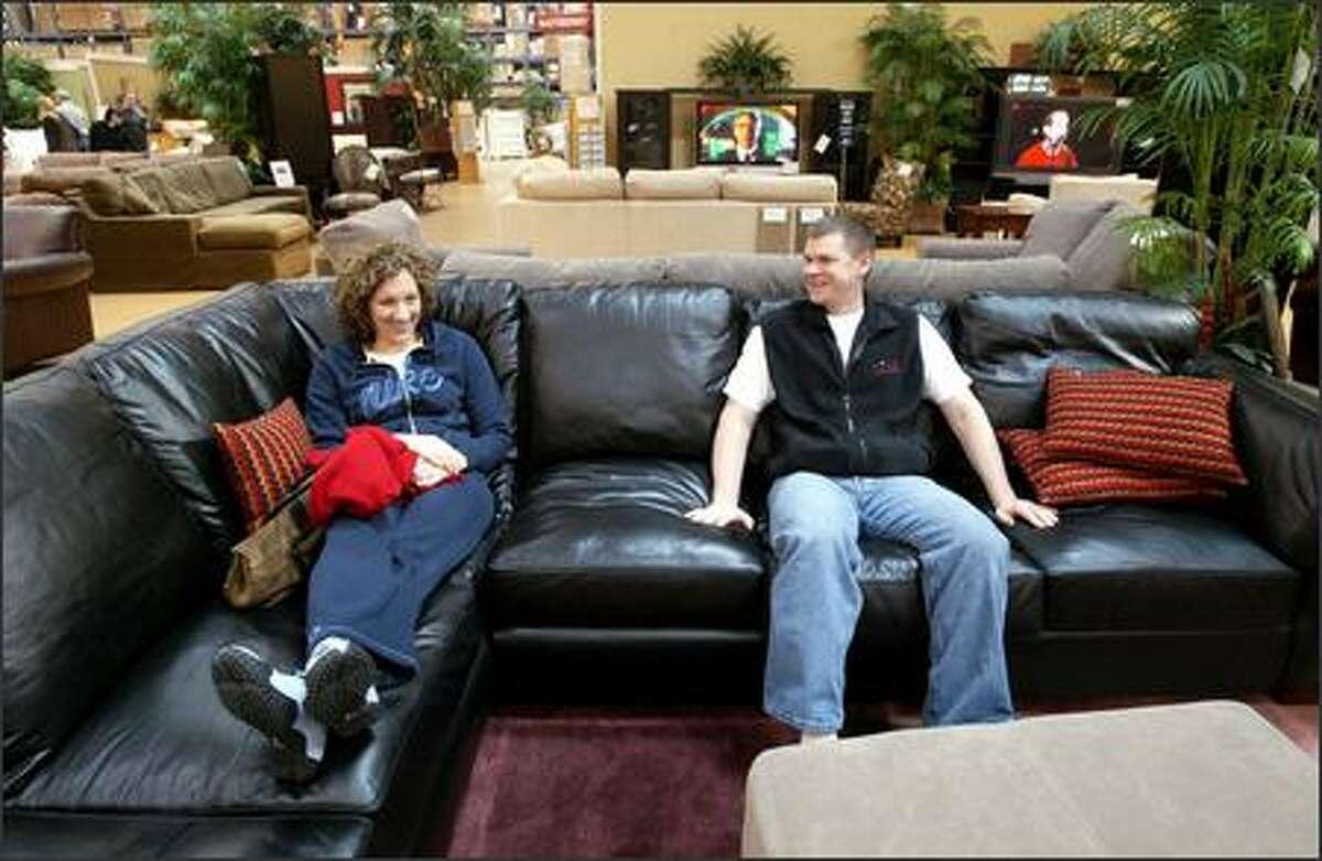 Retail Notebook: Costco teaching itself about making ... on Costco Furniture Showroom Kirkland Washington id=44578