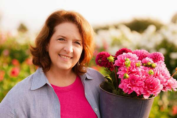Floral trends, tips at San Francisco Flower and Garden ...