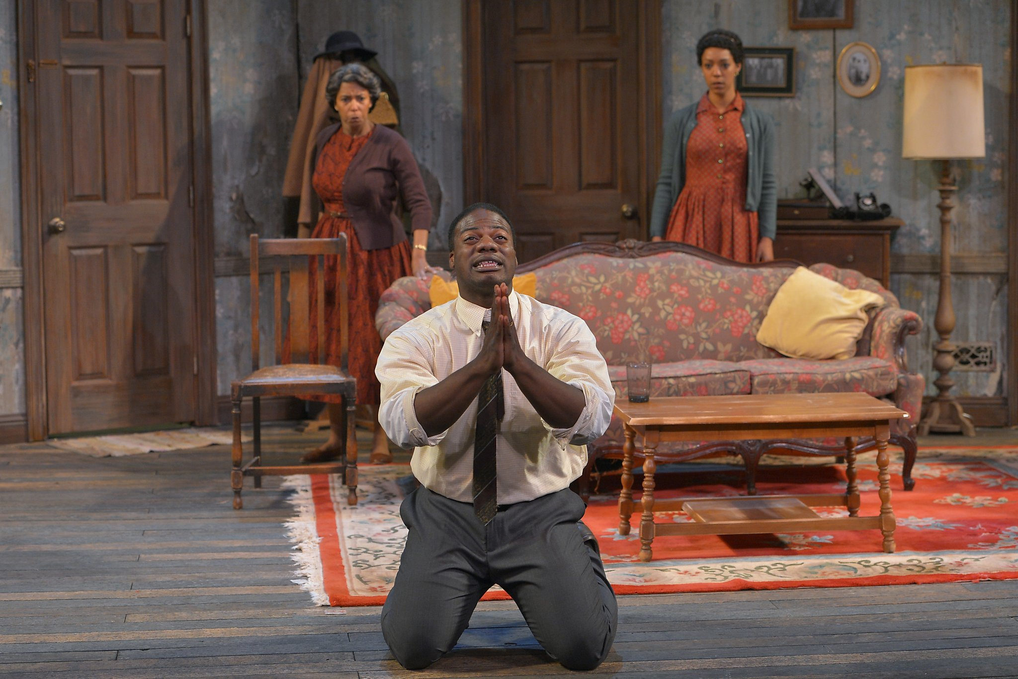 A Raisin In The Sun Review Solid Opener For Cal Shakes