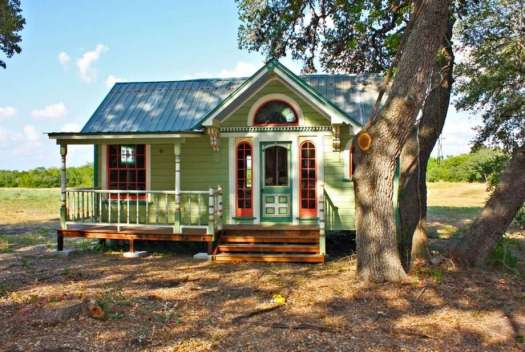 Tiny Texas Houses Constructed This 12 By 26 Home Painted Lady Which