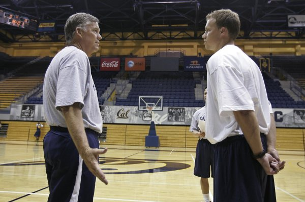 Mike Montgomery to coach Pac-12 All-Star team in Australia ...