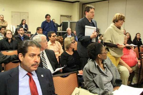 Residents voice health, safety concerns at Pasadena ...