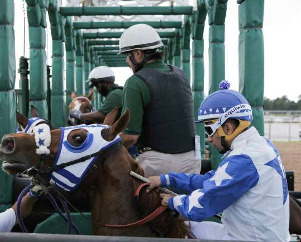 Sightlines: Kentucky Derby Day at Sam Houston Race Park ...