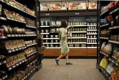 report amazon to open 3000 food stores in 3 year - What Food Places Are Open On Christmas