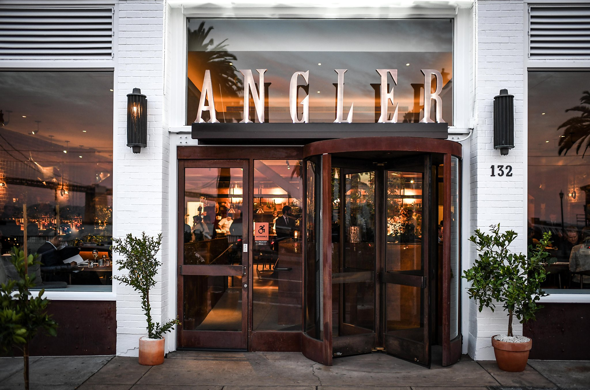 A Guide To Navigating Angler San Franciscos Hottest New Restaurant