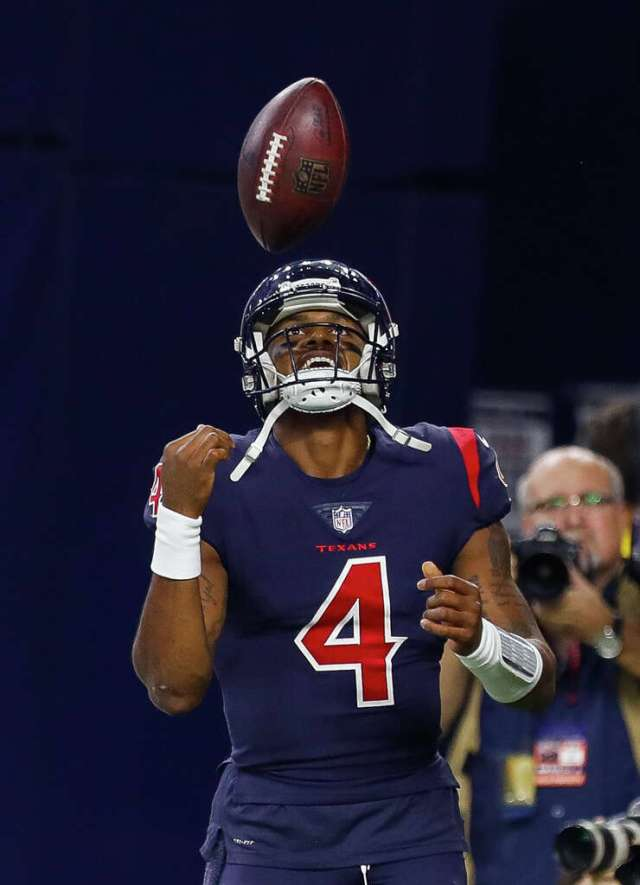 Houston Texans quarterback Deshaun Watson (4) celebrates his touchdown pass to wide receiver DeAndre Hopkins (10) during the fourth quarter of an NFL football game at NRG Stadium on Thursday, Oct. 25, 2018, in Houston. Photo: Brett Coomer/Staff Photographer / ? 2018 Houston Chronicle