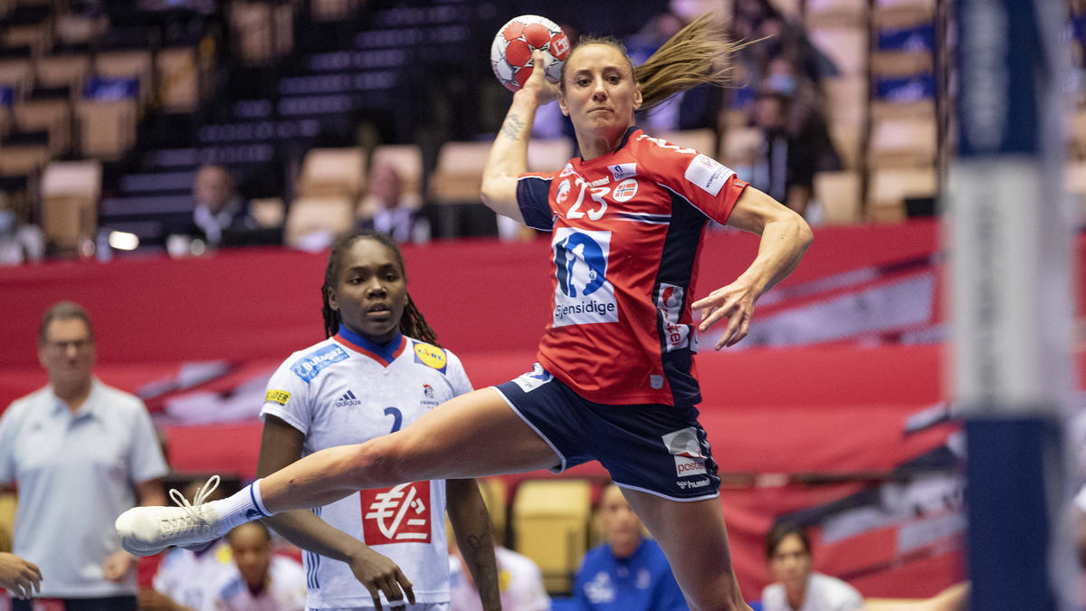 https www sport de news ne4286531 norwegens handball frauen schnappen sich die em krone