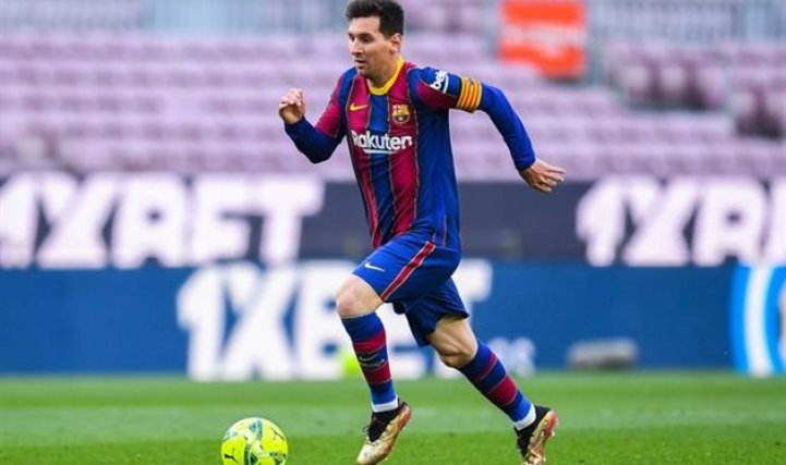 Messi reaches 300 goals scored in La Liga