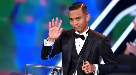 Zulham Zamrun pun bisa raih puskas award (goal of the year) gan