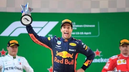 Ricciardo Juarai GP Tiongkok