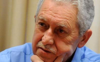 Ο Φώτης Κουβέλης προσπαθεί με συνεντεύξεις να μεταδώσει ελπίδα ανάταξης στους ψηφοφόρους της ΔΗΜΑΡ.