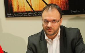 Ο πρόεδρος της ΔΗΜΑΡ Θανάσης Θεοχαρόπουλος δηλώνει στην «Κ» απαισιόδοξος για το μέλλον και τονίζει ότι «τα δύσκολα έρχονται».
