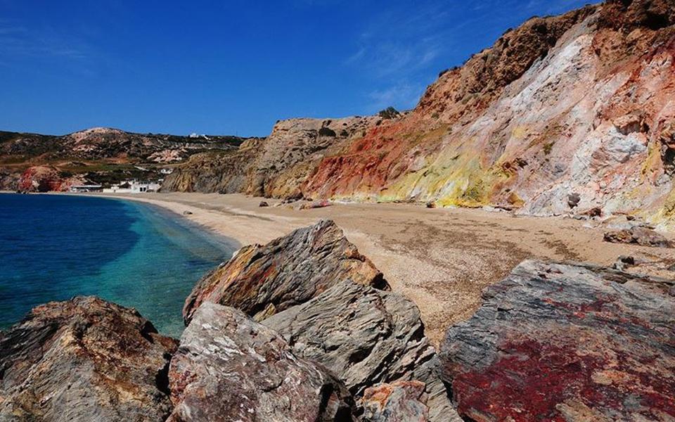 milos-palaioxor Πέντε ελληνικές παραλίες στη λίστα με τις 40 καλύτερες στην Ευρώπη