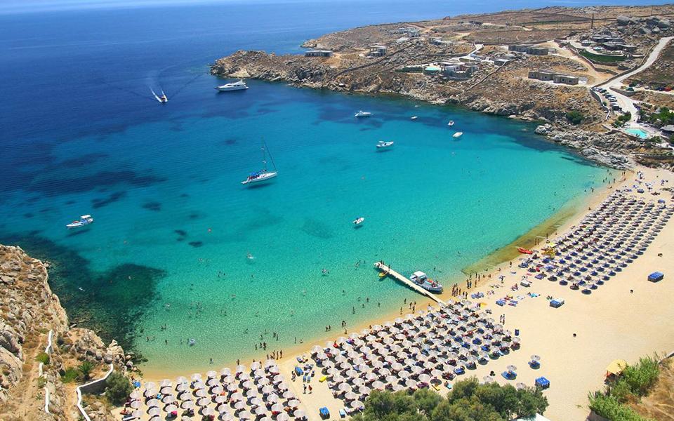 super-paradise Πέντε ελληνικές παραλίες στη λίστα με τις 40 καλύτερες στην Ευρώπη