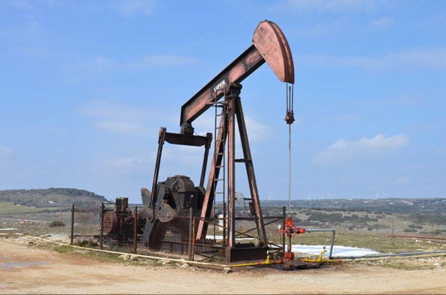Adiós al último pozo de petróleo: cuando un pueblo de Burgos estuvo a punto de convertirse en el 'Oklahoma español' - Libre Mercado