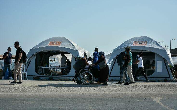 Μηταράκης: Περισσότεροι από 5.000 αιτούντες άσυλο βρίσκονται στο Καρά Τεπέ