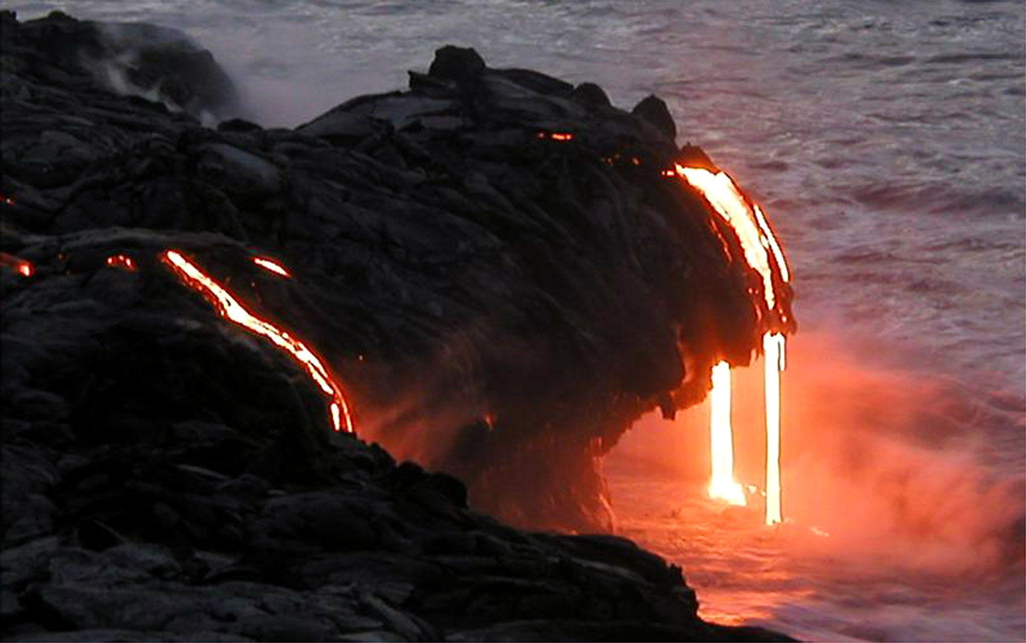 Photos Amp Video Kilauea Volcano Lava Flow In Hawaii Nears Homes