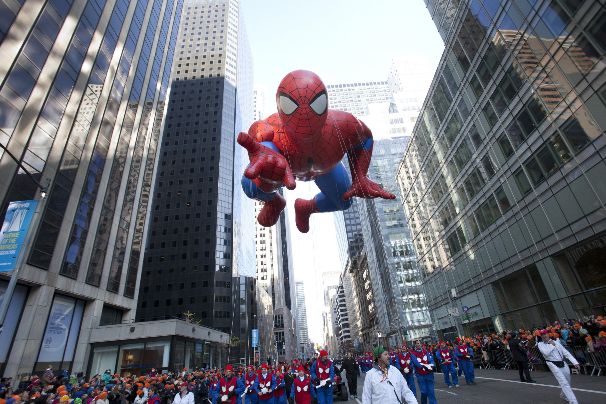The Science Behind The Macy S Thanksgiving Day Parade