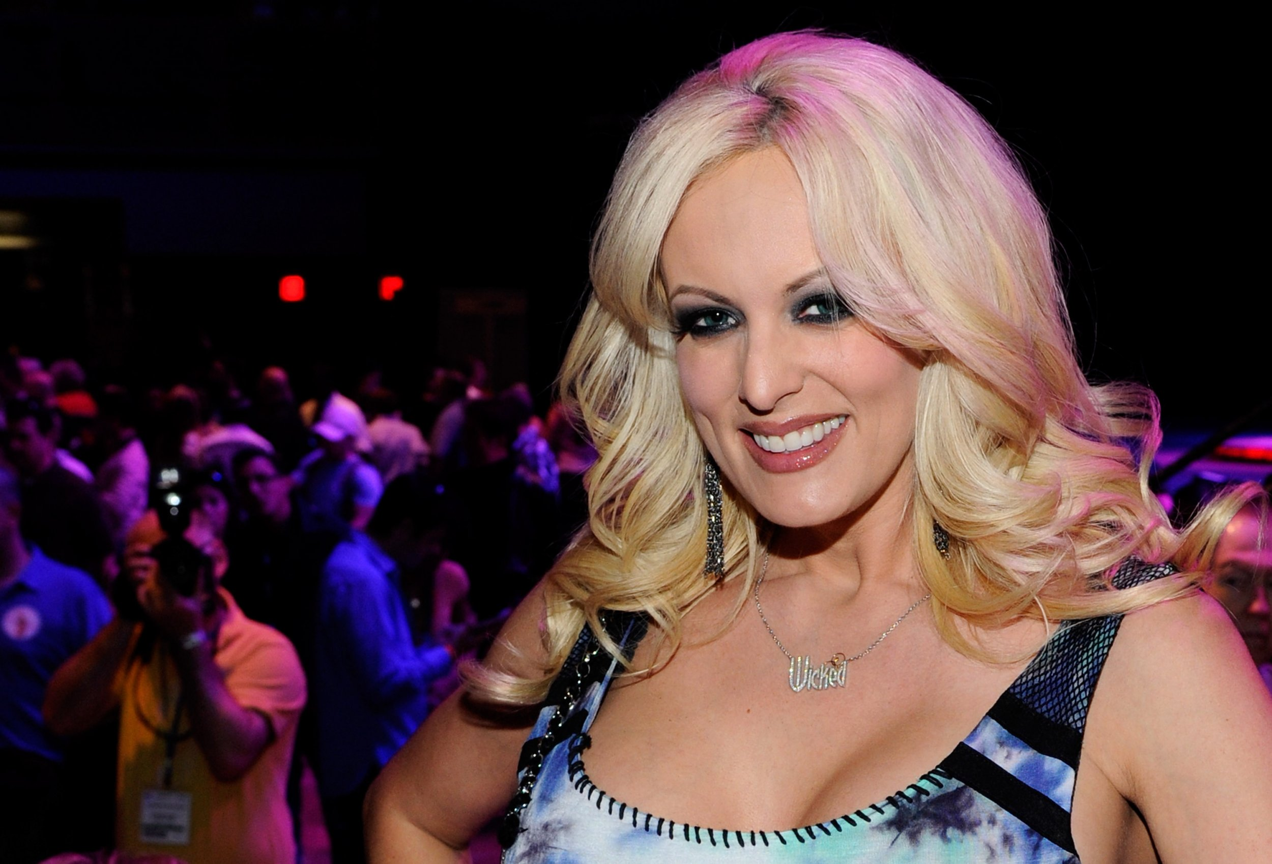 Trump lawyer arranged porn star payment for her silence in October 2016