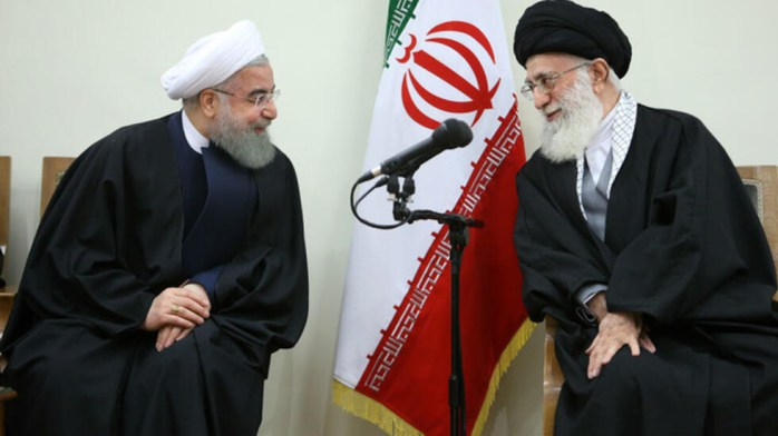 امضاکندگان این بیانیه، حسن روحانی را در بروز فاجعه ملی ناشی از گسترش ویروس کرونا و پنهانکاری و دروغگویی مستمر، همسو با رهبر جمهوری اسلامی ایران برشمردند.