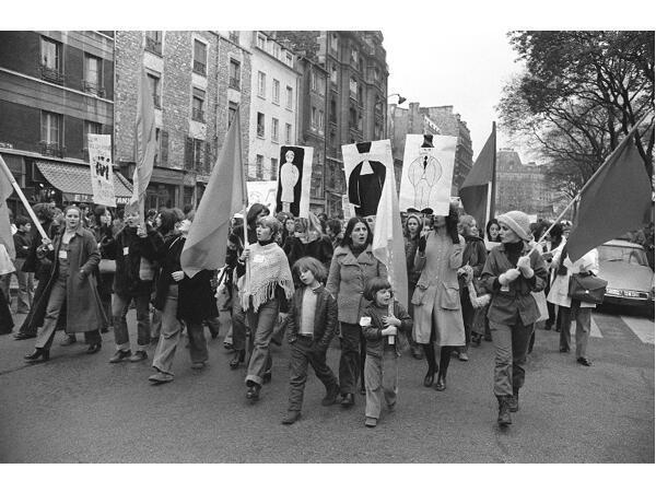 Paris, November 25, 1972, the MLF demonstration calls for