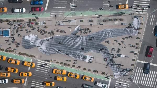 Street artist JR: Making a big impression