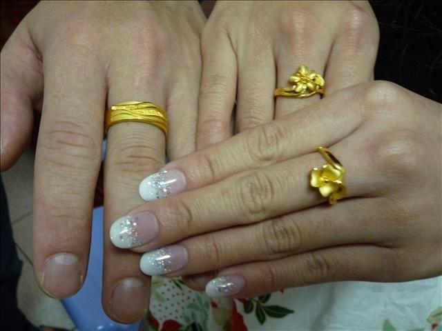 訂婚戒指要戴到結婚|戴到- 訂婚戒指要戴到結婚|戴到 - 快熱資訊 - 走進時代