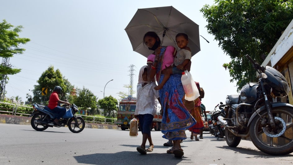 Telugu Agricultural And Weather News - Sunny Until 28th And Then Rains
