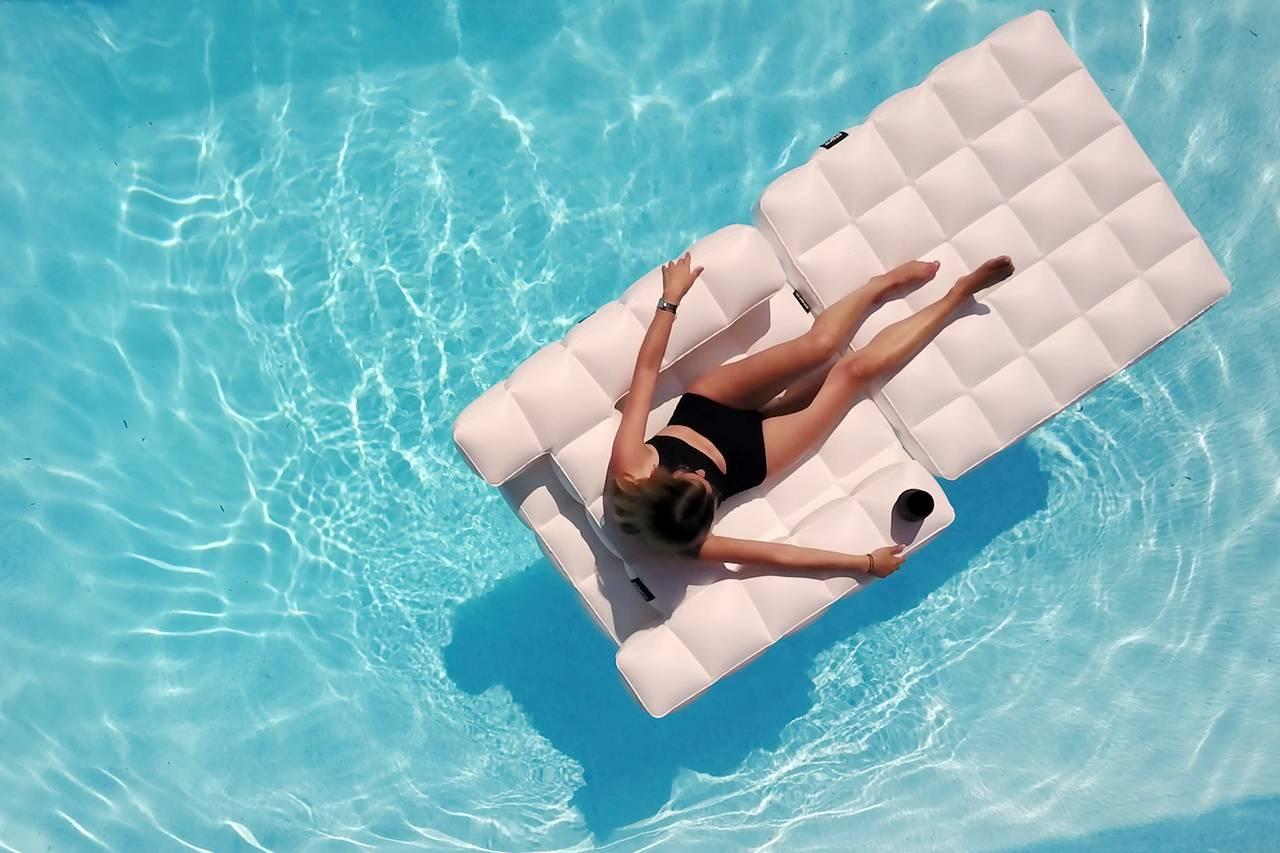 porsche of pool floats