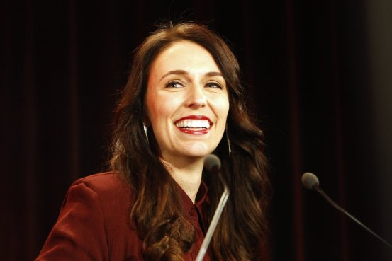 Jacinda Ardern to Lead New Zealand After Deal With Kingmaker BN VR359 3et5g G 20171019022925