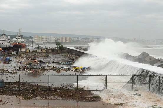 Image result for cyclone of 1999 in orissa