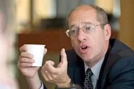 The FTC, under Chairman Jon Leibowitz, aims to police blogger freebies.