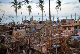 300,000 still homeless in Philippines after Typhoon Bopha