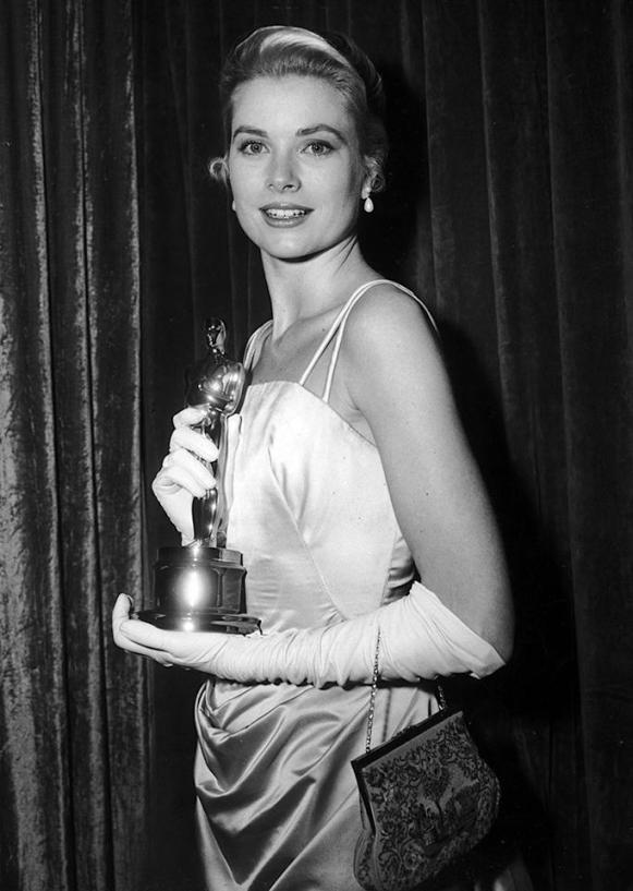 Grace Kelly wins Best Actress for 'The Country Girl' (1955)