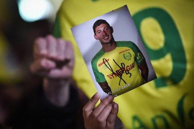 Image result for Search resumes for missing plane of Cardiff striker Sala