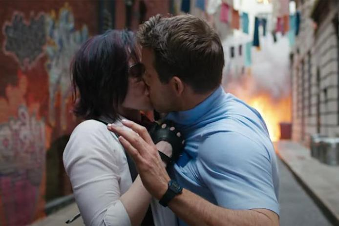 Free Guy' trailer makes Ryan Reynolds an existential NPC   Engadget