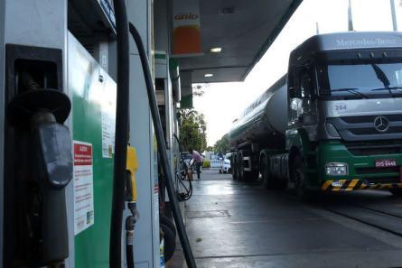 Image result for Preço do diesel recua 35 centavos na semana, segundo ANP