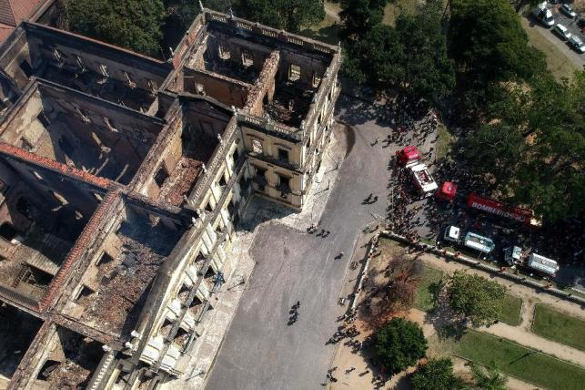 Government cuts blamed for Brazil National Museum inferno
