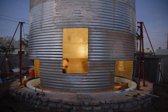 Старое зернохранилище переоборудовали в дом