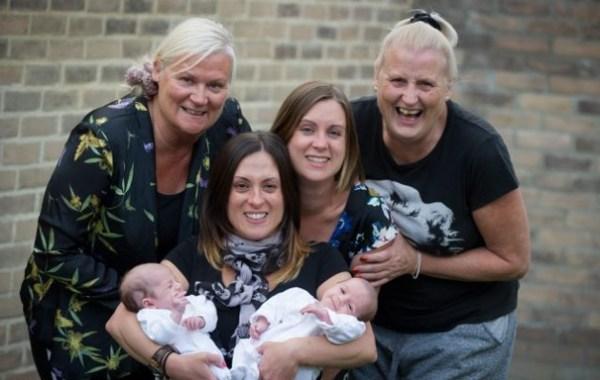 Несколько поколений семей на одной фотографии - Zefirka