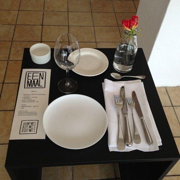 Ресторан для любителей есть в одиночестве. ФОТО