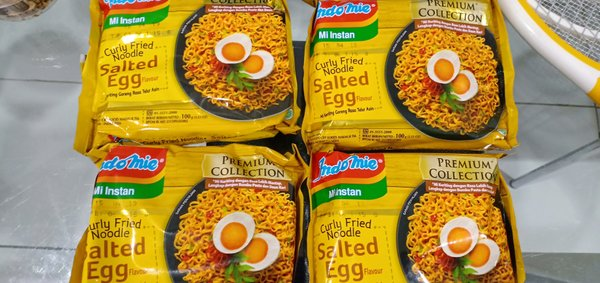 indomie salted egg premium