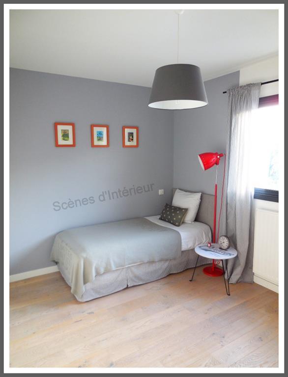 chambre grise et rouge domozoom com