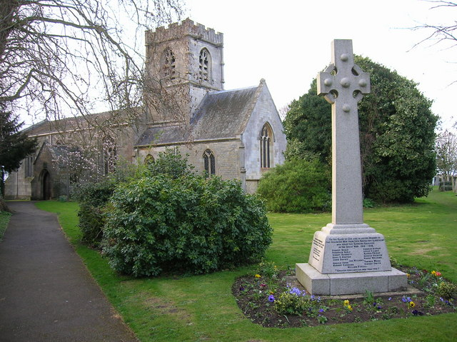Hempsted: St. Swithun's church and War © Alby :: Geograph