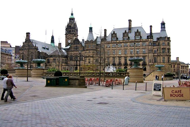 Sheffield Town Hall © P L Chadwick :: Geograph Britain and Ireland
