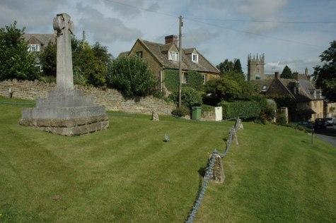 The village of Longborough © Philip Halling :: Geograph Britain
