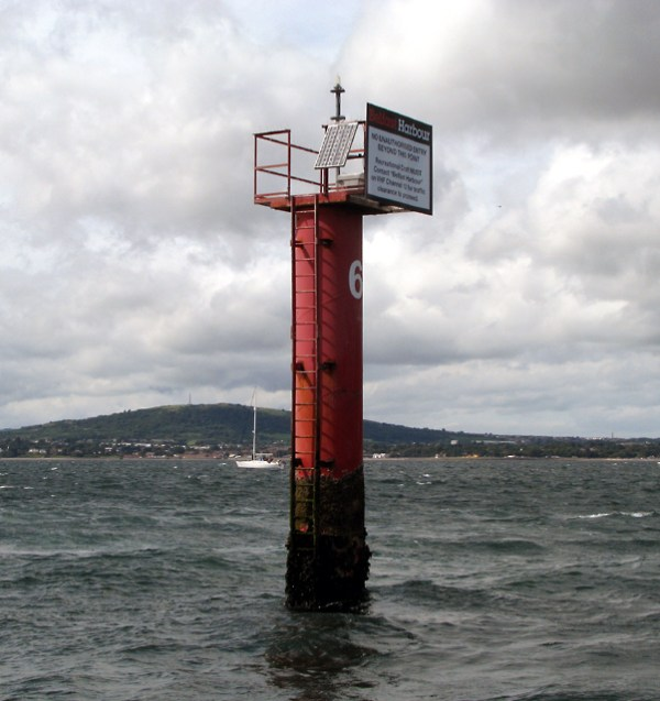 Channel Marker No.6, Belfast Lough © Rossographer ...