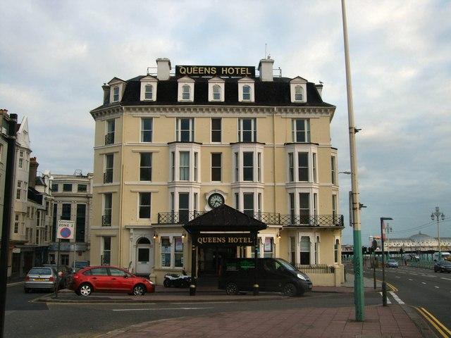 Risultati immagini per Queen's Hotel di Brighton