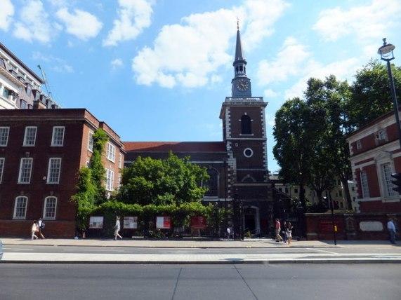 St James's Church, Piccadilly © PAUL FARMER cc-by-sa/2.0